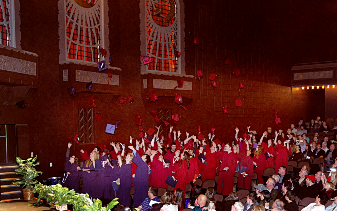 Modern College and CTS Join Together to Celebrate Graduates