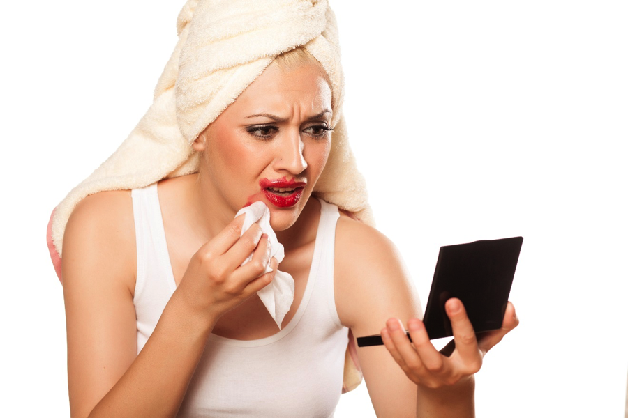 6 Common Lipstick Blunders